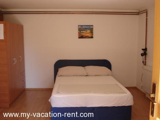 Apartments studio Croatia - Dalmatia - Zadar - Biograd na Moru - apartment #1141 Picture 1