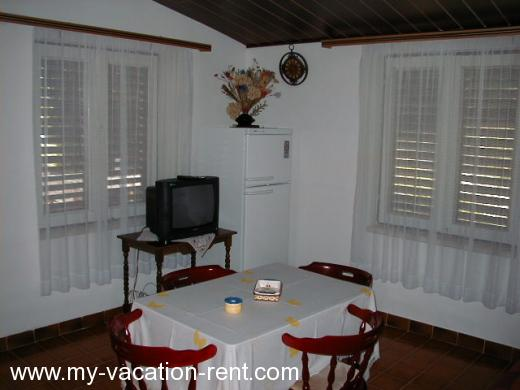 Appartements 1 Apartment= 1 House Croatie - La Dalmatie - Trogir - Sevid - appartement #153 Image 6
