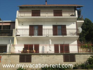 Apartments Bila Croatia - Dalmatia - Island Murter - Tisno - apartment #2274 Picture 2