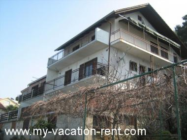 Apartments Bila Croatia - Dalmatia - Island Murter - Tisno - apartment #2274 Picture 3
