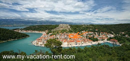 Apartments 400 years old villa Croatia - Dalmatia - Zadar - Novigrad, Dalmatien - apartment #246 Picture 1