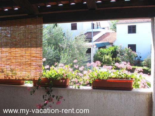 Apartments MK Croatia - Istria - Pula - Stinjan - apartment #248 Picture 2