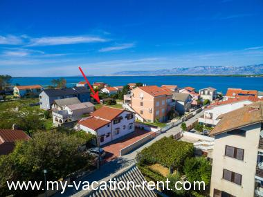 Apartments 2500  Croatia - Dalmatia - Zadar - Nin - apartment #2504 Picture 2