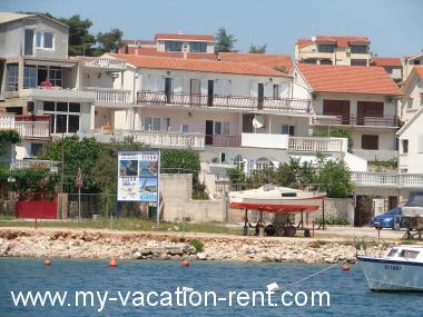 Apartments 2526 Croatia - Dalmatia - Island Murter - Tisno - apartment #2522 Picture 1