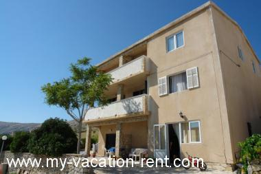 Apartments 2897 Croatia - Kvarner - Island Pag - Pag - apartment #2770 Picture 1