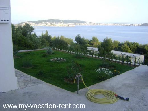 Apartments LOZOVINA Croatia - Dalmatia - Trogir - Trogir - apartment #346 Picture 2
