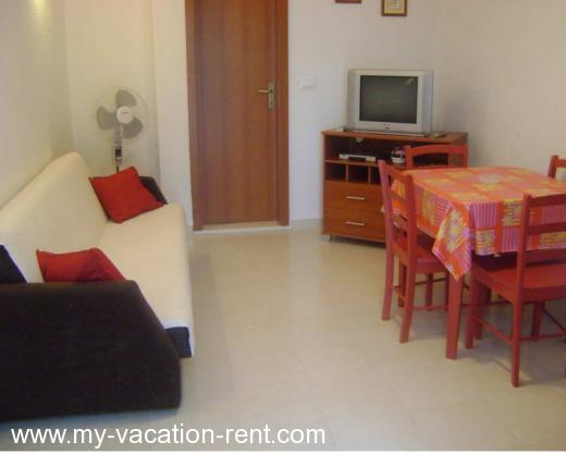 Apartments LOZOVINA Croatia - Dalmatia - Trogir - Trogir - apartment #346 Picture 3