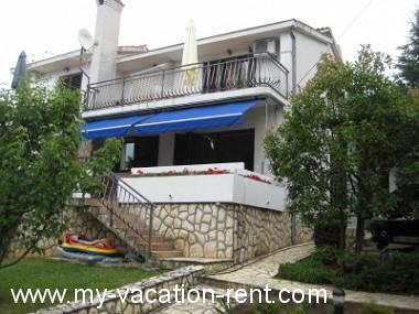 Croatia - Kvarner - Island Krk - Njivice - apartment #3478