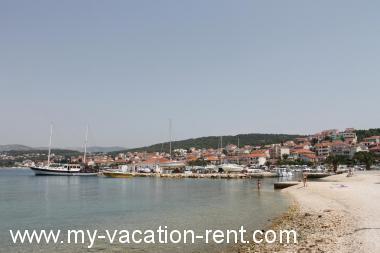 Apartments 5590  Croatia - Dalmatia - Island Ciovo - Okrug Gornji - apartment #3891 Picture 6