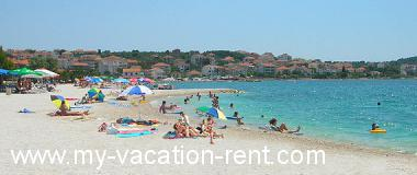 Apartments 5590  Croatia - Dalmatia - Island Ciovo - Okrug Gornji - apartment #3891 Picture 7