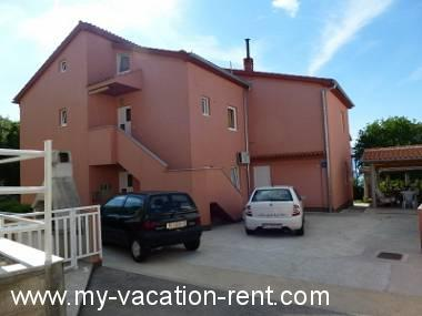 Croatie - Kvarner - Île de Krk - Njivice - appartement #4020