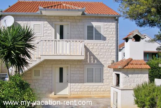 Holiday resort vacation house croatia Croatia - Dalmatia - Island Brac - Bol - holiday resort #4438 Picture 2