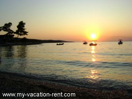 Holiday resort vacation house croatia Croatia - Dalmatia - Island Brac - Bol - holiday resort #4438 Picture 20