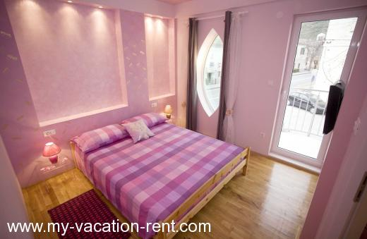 Apartments Villa Ria Croatia - Dalmatia - Split - Dugi Rat - apartment #445 Picture 2