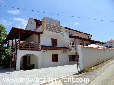 Apartments 6125 Croatia - Dalmatia - Island Pasman - Zdrelac - apartment #4498 Picture 1