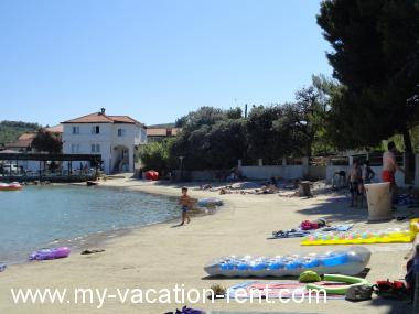 Apartments 6125 Croatia - Dalmatia - Island Pasman - Zdrelac - apartment #4498 Picture 7