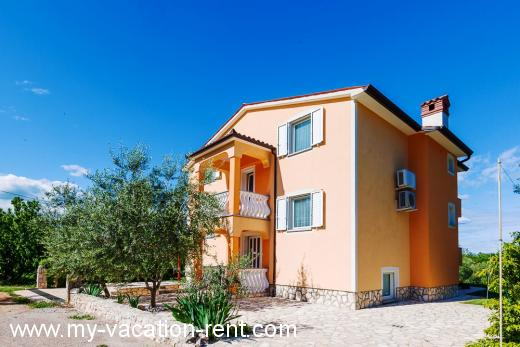 Apartments Aida Croatia - Istria - Rabac - Ravni - apartment #4777 Picture 4