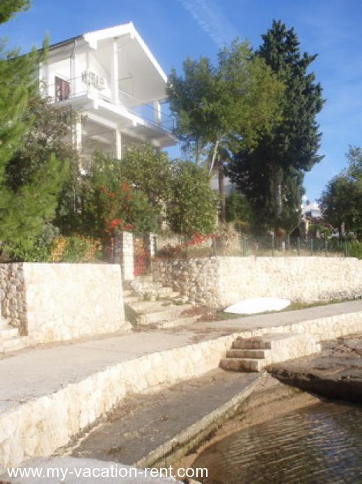 Apartments Bahun Croatia - Dalmatia - Zadar - Maslenica - apartment #485 Picture 1