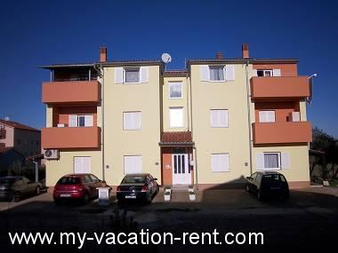 Croatie - Istrie - Pula - Stinjan - appartement #4951
