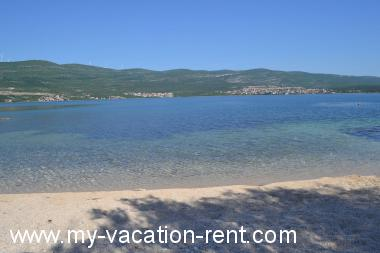 Apartments 8243 Croatia - Dalmatia - Zadar - Pridraga - apartment #5255 Picture 3