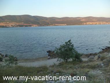Apartments 8243 Croatia - Dalmatia - Zadar - Pridraga - apartment #5255 Picture 4