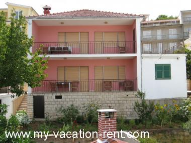 Apartments 35304 Croatia - Dalmatia - Island Ciovo - Mastrinka - apartment #5626 Picture 2