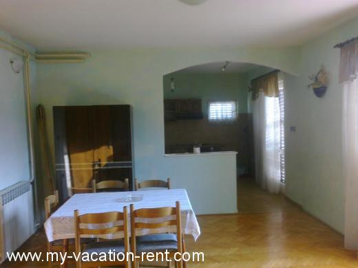 Apartments Apartman NENO Croatia - Dalmatia - Trogir - Trogir - apartment #5706 Picture 8