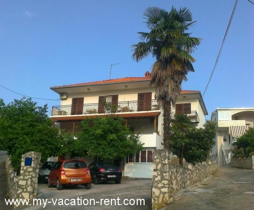 Apartments Apartman NENO Croatia - Dalmatia - Trogir - Trogir - apartment #5706 Picture 11