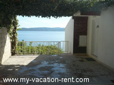 Apartments 35507 Croatia - Dalmatia - Sibenik - Pisak - apartment #5751 Picture 3