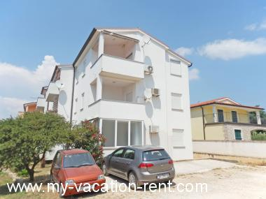 Apartments 35593 Croatia - Istria - Medulin - Medulin - apartment #5840 Picture 1