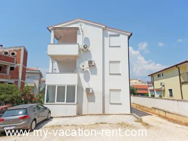 Apartments 35593 Croatia - Istria - Medulin - Medulin - apartment #5840 Picture 2