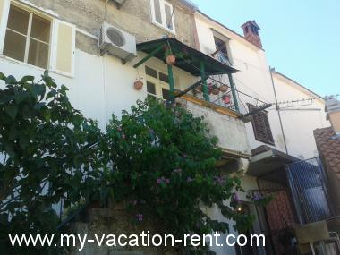 Apartments 35617  Croatia - Dalmatia - Trogir - Trogir - apartment #5848 Picture 1