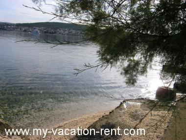 Apartments 35673  Croatia - Istria - Umag - Okrug Gornji - apartment #5959 Picture 2
