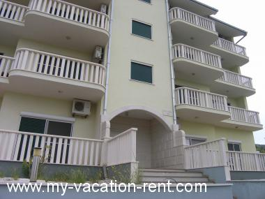 Croatia - Dalmatia - Split - Seget Donji - apartment #6219