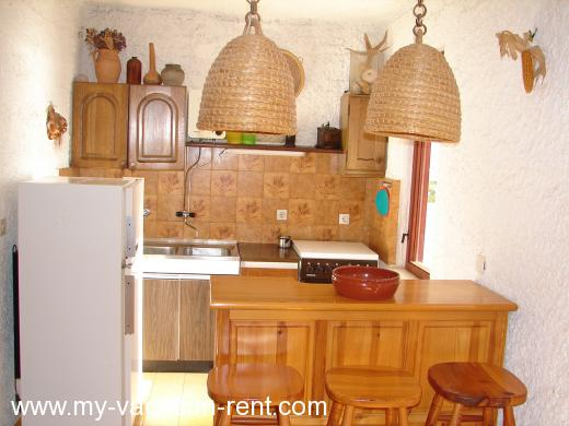 Apartments Cempres Croatia - Dalmatia - Split - Omis, Stanici - apartment #631 Picture 9