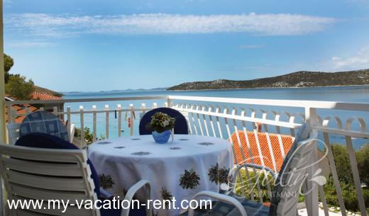 Apartments Gulin Croatia - Dalmatia - Sibenik - Grebastica - apartment #708 Picture 2