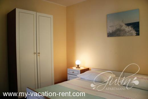 Apartments Gulin Croatia - Dalmatia - Sibenik - Grebastica - apartment #708 Picture 3
