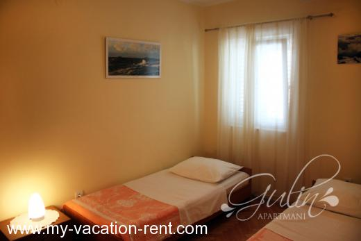 Apartments Gulin Croatia - Dalmatia - Sibenik - Grebastica - apartment #708 Picture 4