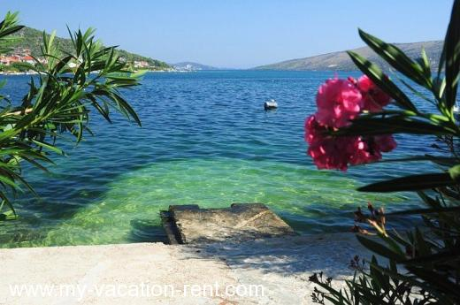 Apartments Nada Croatia - Dalmatia - Trogir - Marina - apartment #795 Picture 3