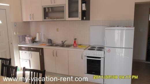 Apartments DAMIRA Croatia - Dalmatia - Zadar - Pakostane - apartment #844 Picture 9