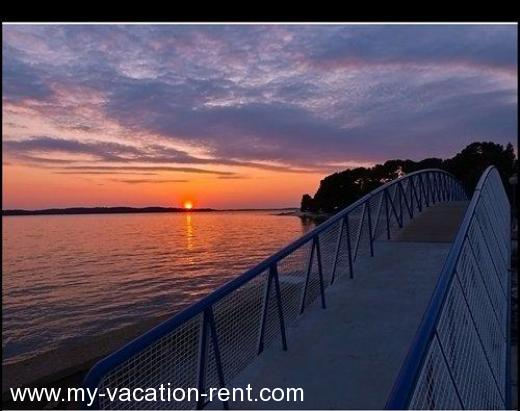 Apartments Nikol Croatia - Istria - Pula - Veli, Vrh - apartment #848 Picture 6